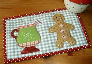gingerbread cup mug rug by the patchsmith craftsy