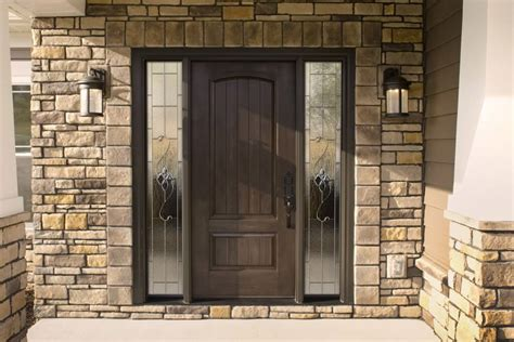 Ask the Expert: ?Is It Worth It to Choose Upgraded Doors