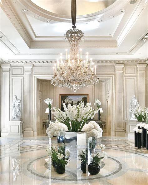 mobili di lusso italiani foam and diamonds sophistecated chic interior design