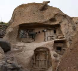 Green Mountain Interiors Coolest Cave Houses From Around The World Hometone
