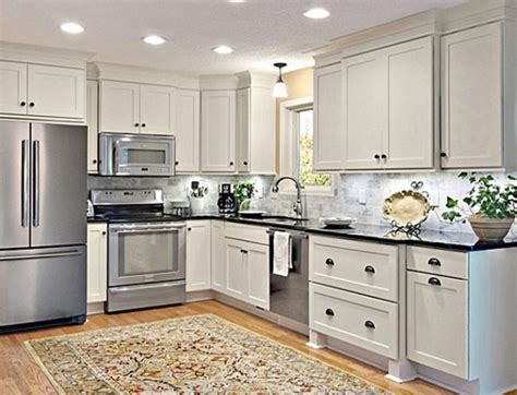 Kitchen Facelift Ideas by Elegant How To Spray Paint Kitchen Cabinets Ty41512746245