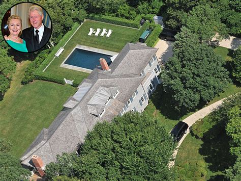 clinton home clintons spend 110k for working vacation in the htons
