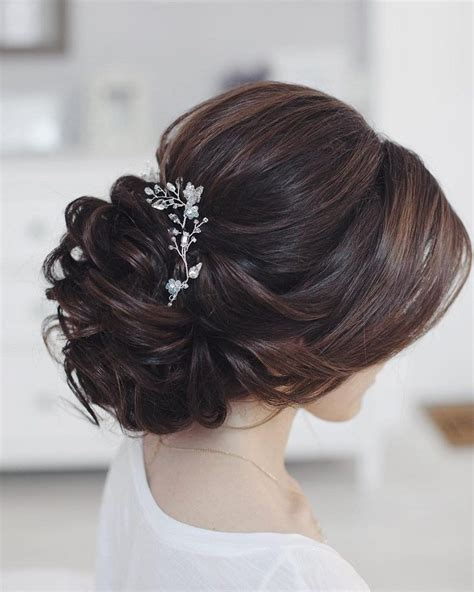Bridal Hairstyles For Thick Hair by 25 Best Ideas About Wedding Updo On Wedding