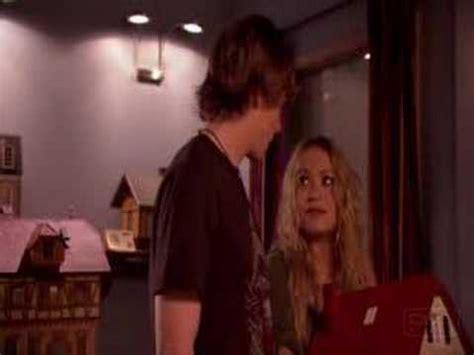 Kate Olsens Weeds Debut by Weeds Season 3 Episode 8 Kate