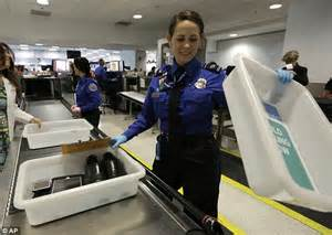 Airport Badge Background Check Exposes Gap In Airport Security As Employees Don T Undergo Checks Daily Mail