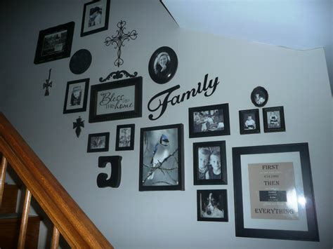 17 hanging pictures on wall ideas and how to hang pictures 17 family photo wall ideas you can try to apply in your