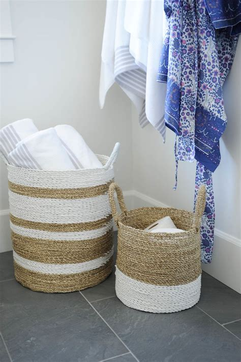 Laundry Basket In Bathtub by 124 Best Nautical Decor Ideas Images On