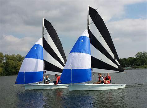 best beginner 25 best beginner sailing dinghies boats