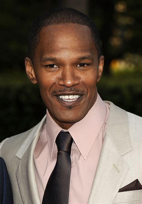 jamie foxx announces tour with a stop in jacksonville