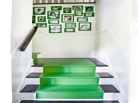 Couleur Peinture Cage Escalier by Peindre Un Tapis En Couleur Verte Dans Cage D Escalier