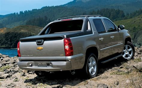 2019 Chevy Avalanche by 2019 Chevy Avalanche Colors Release Date Changes