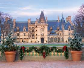 the candlelight tour and christmas at the biltmore estate asheville nc