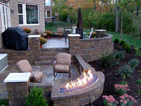 How To Build A Raised Patio With Retaining Wall Blocks Retaining Wall Patio Design