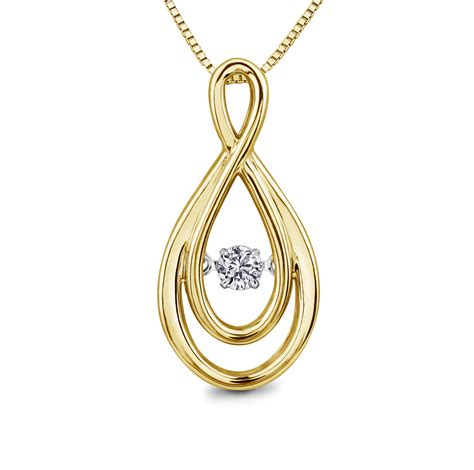 yellow gold pendant charm centres