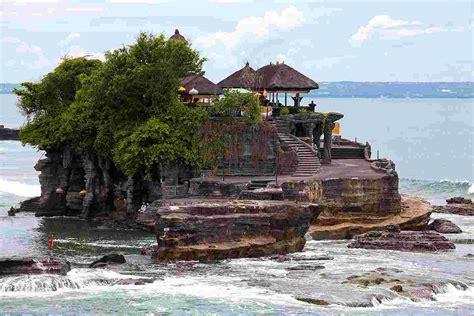 tanah lot temple  paradise  bali island indonesia
