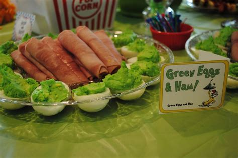 dr seuss party food baby shower ideas pinterest whoville christmas  christmas themes