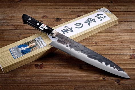 Best Kitchen Knives In The World 10 Kitchen Knives Used By Award Winning Chefs Gear Patrol