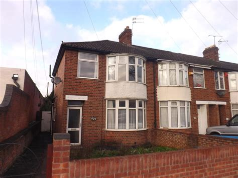 3 bedroom house leicester 3 bedroom house for sale in saffron lane leicester