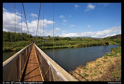 swinging bridge kauai picture photo swinging bridge hanapepe kauai island