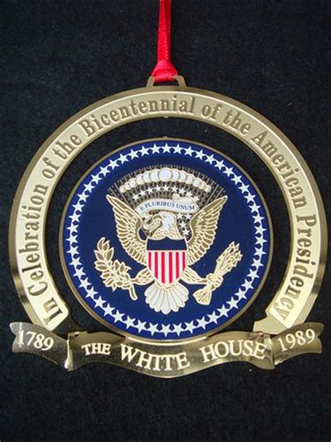 1989 official white house historical association ornament