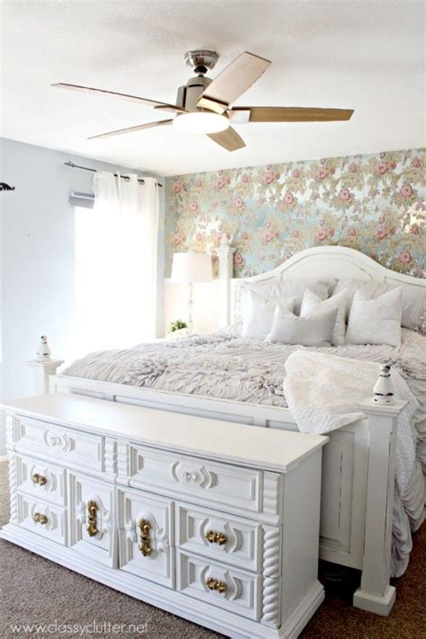 pictures of shabby chic bedrooms 25 best ideas about shabby chic headboard on