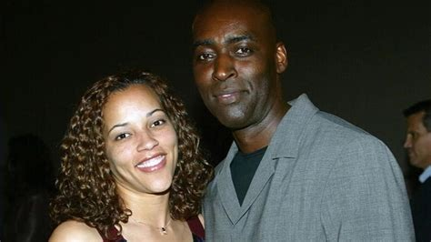 michael jace actor on the shield charged in shooting details emerge about wife s iphone in michael jace murder