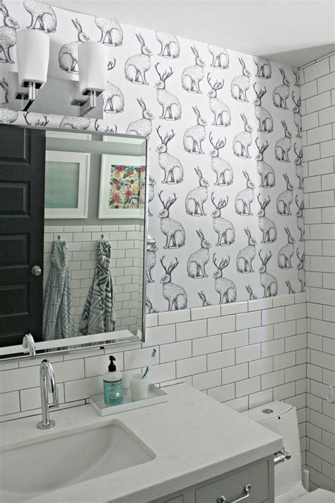 can i use wallpaper in a bathroom ever wanted to wallpaper but don t want the commitment