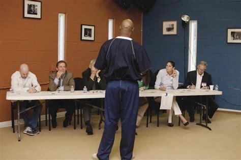 Mba Schools That Like Entrepreneurs by Business School Programs Turn Felons Into Entrepreneurs