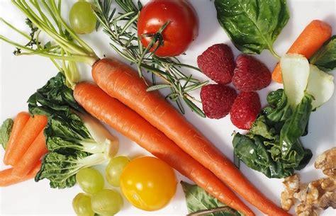 stanchezza e alimentazione stanchezza e alimentazione frutti e ortaggi per combatterla