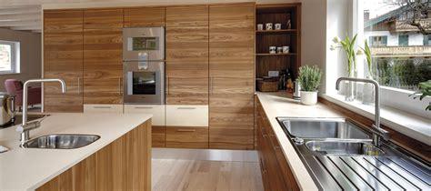 Küchenmöbel In Angebote by Moderne K 252 Chen Mit Insel