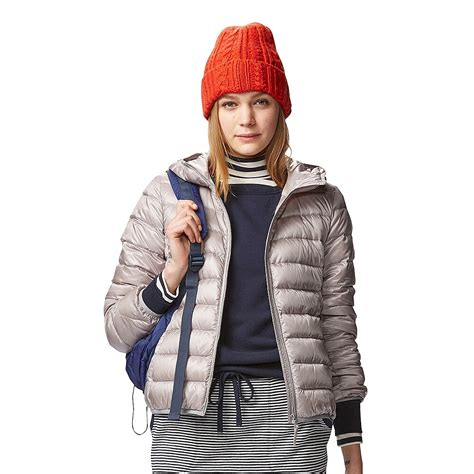 uniqlo wanita jaket parka ultra light