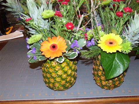 new year pineapple decoration pineapples centerpieces architecture quilts tim