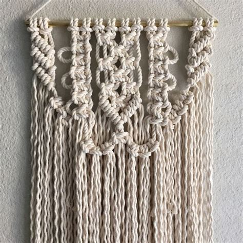 New Macrame Patterns - 1000 ideas about macrame wall hanging patterns on