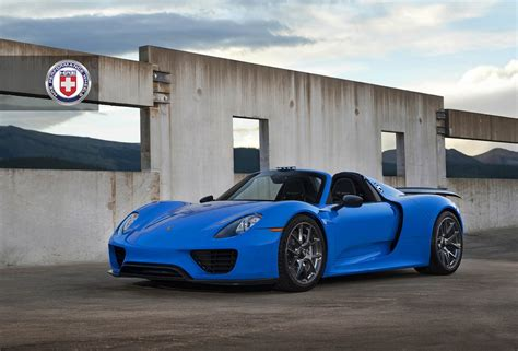 porsche 918 spyder blue voodoo blue porsche 918 spyder brings the magic on custom