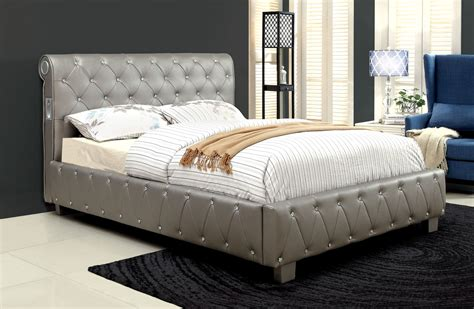 tufted bedroom furniture of america herault silver tufted leatherette bed