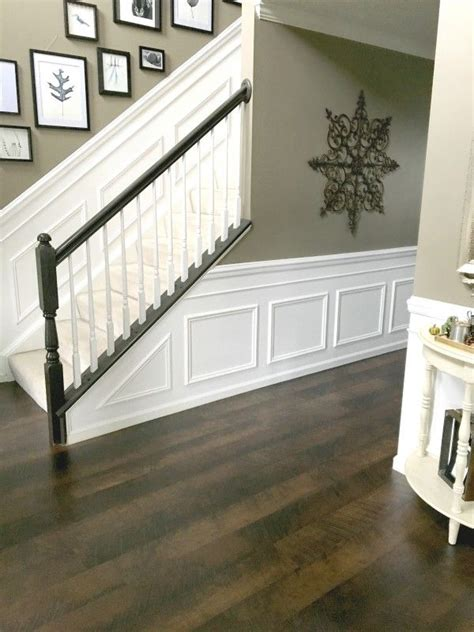 Wainscoting Foyer by Best 25 Faux Wainscoting Ideas On Wainscoting