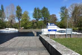 shannon river boat hire travel guide towns and villages - Fishing Boat Hire Portumna
