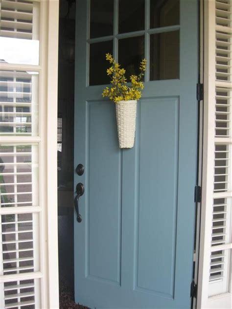 door color ideas 10 pretty blue doors a pop of pretty canadian home decorating