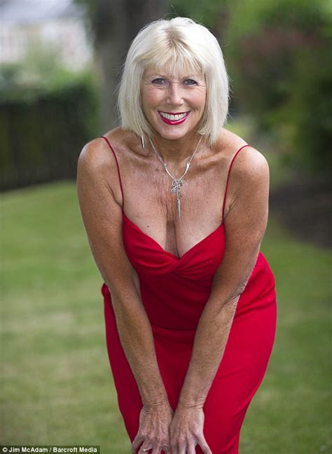 photos of hot 70 year old women great grandmother has been on 200 dates with younger men