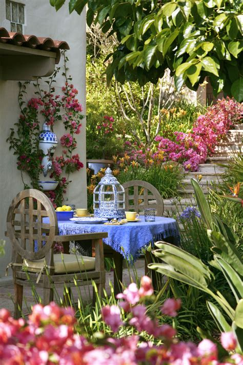Eclectic Garden Decor by Turn Your Garden Into A Cozy Hangout With These 4 Easy