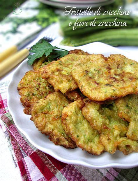 frittelle con fiori di zucchina frittelle di zucchine e fiori di zucchina