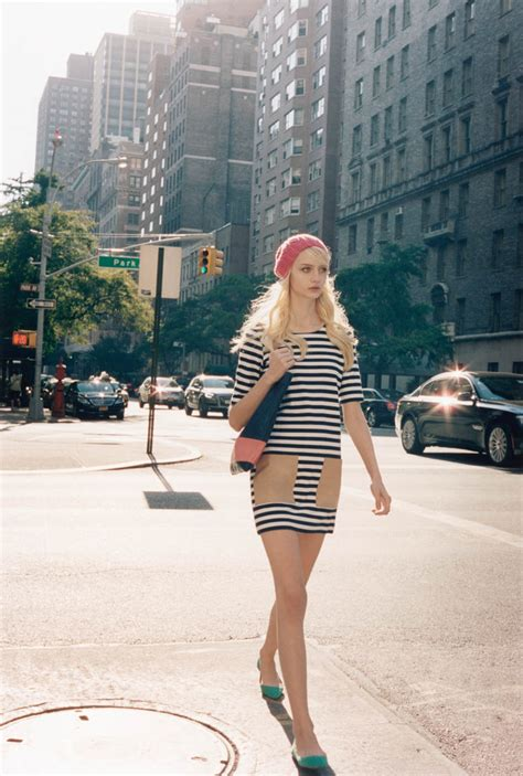 club monaco goes minimal for spring summer 2015 caign new york city street style in club monaco spring summer