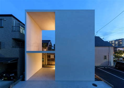house architects 804 sq ft small three story house for yoga enthusiast