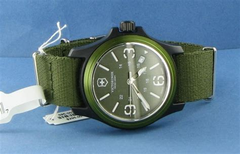Swiss Army 325 victorinox swiss army 241514 original olive green