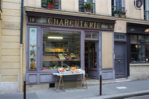 File:Versailles Old Shop 2011 Wikimedia Commons