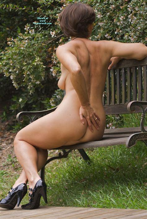 Nude Me On Heels Vanessab September 2010 Voyeur Web