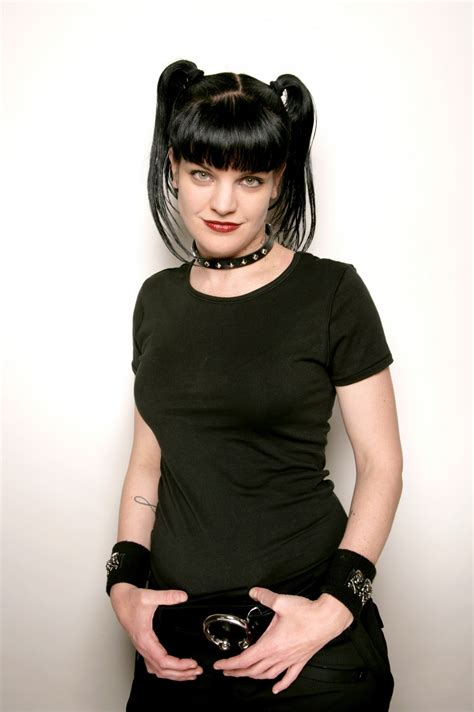 pauley perrette wig pauley perrette photo gallery page 2 celebs place com