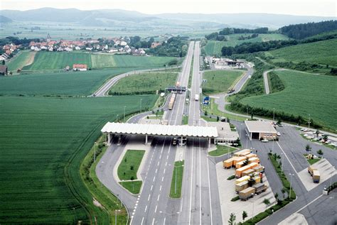 Border Crossings file herleshausen border crossing jpg