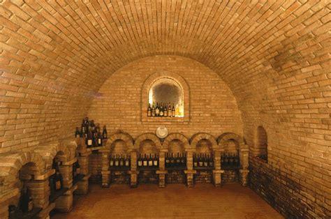 dino illuminati azienda vinicola dino illuminati comune di controguerra
