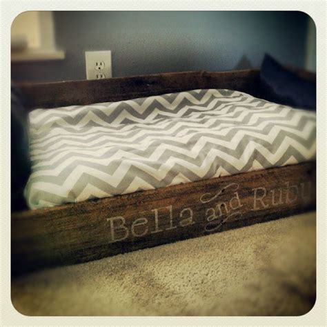 pallet dog bed pallet dog bed i made love it bella ruby pinterest